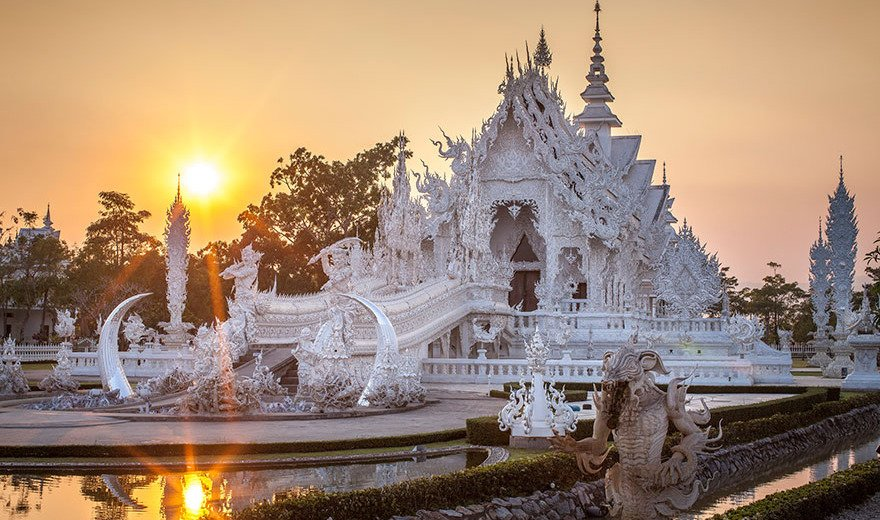 Wat Rong Khun – The White Temple in Thailand