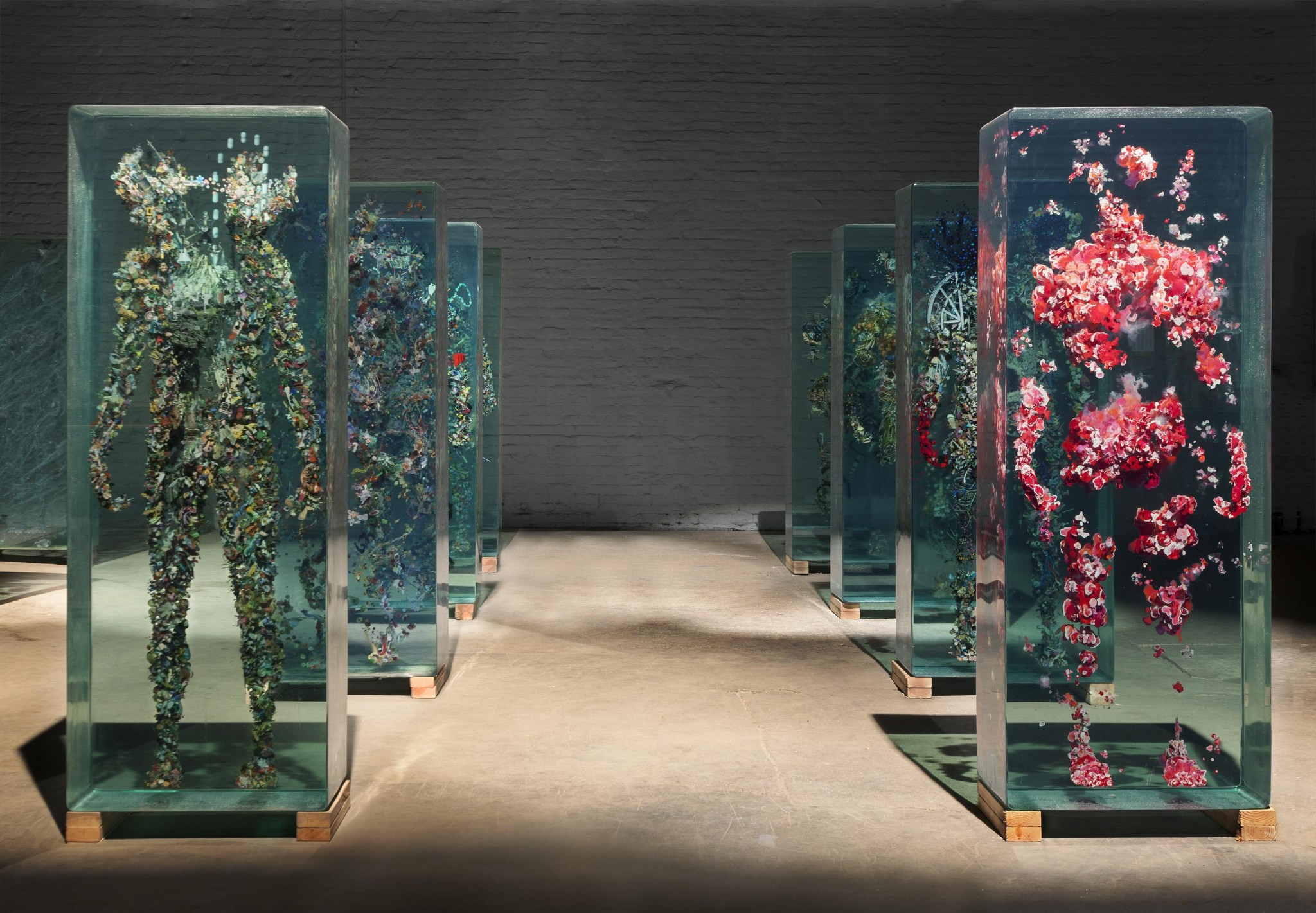 3D Collaged Figures Encased In Glass By Dustin Yellin 7