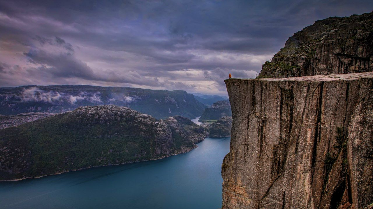 3) Lysefjorden Road, Norway 1
