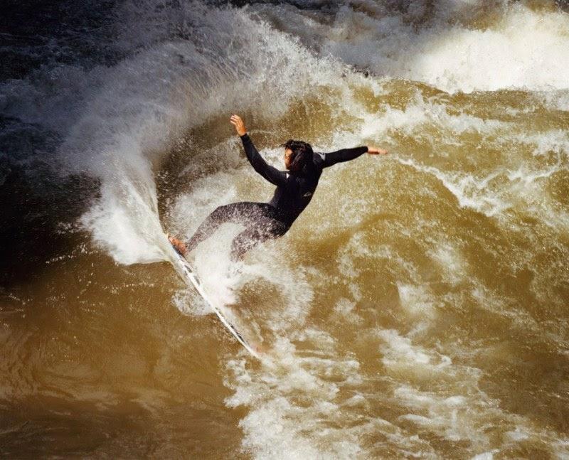 river-surfering-thomas-prior-03