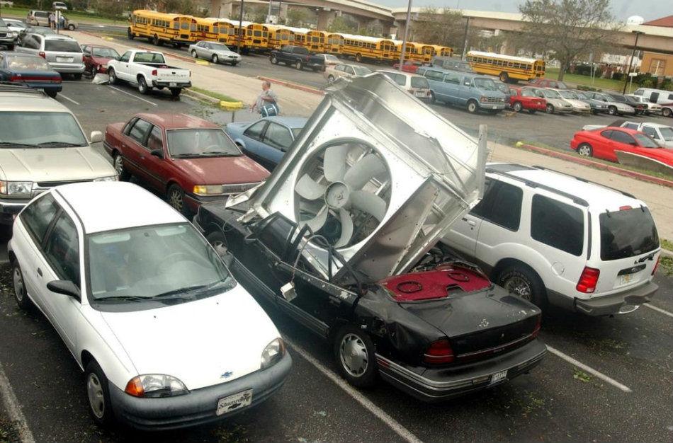 freakiest_car_crashes_01