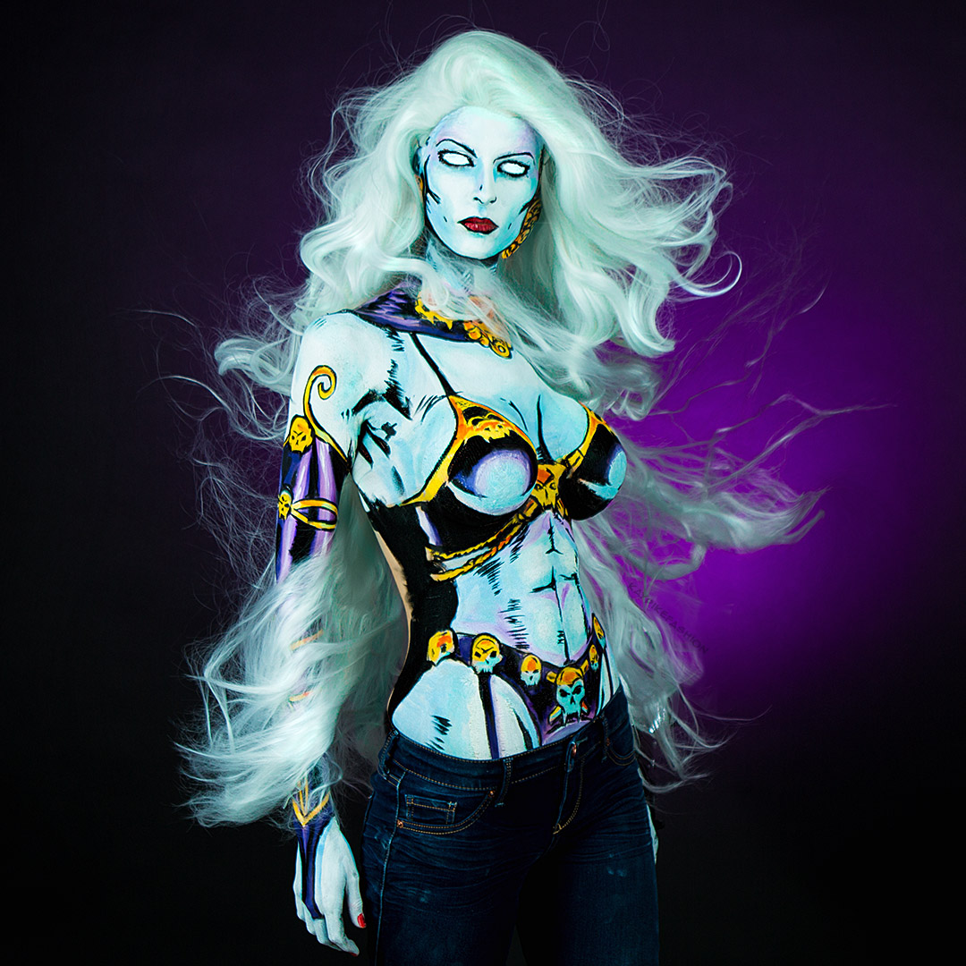 this-beautiful-model-blends-cosplay-with-body-painting-02