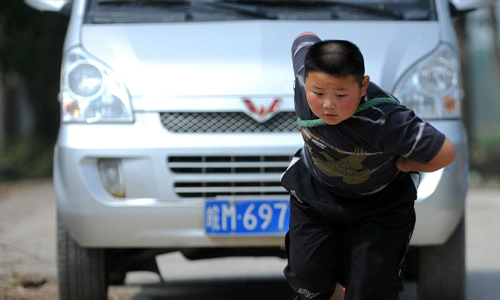 strongest-kids-in-the-world-03