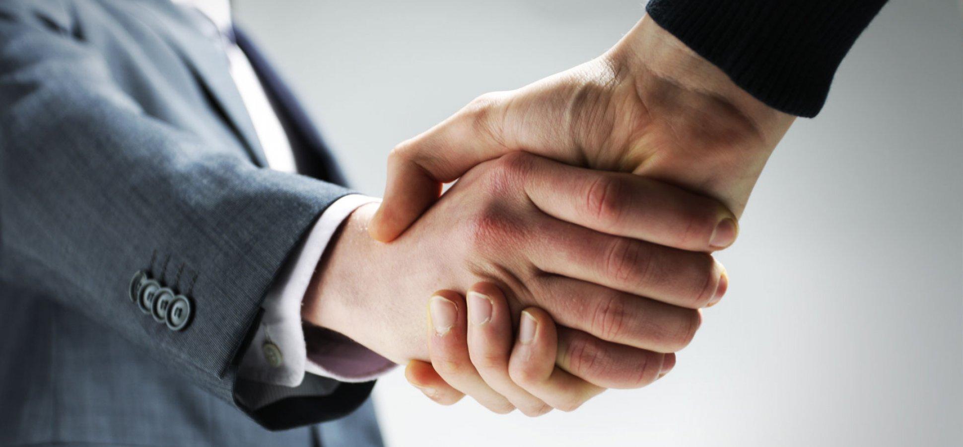 20-facts-13-handshake