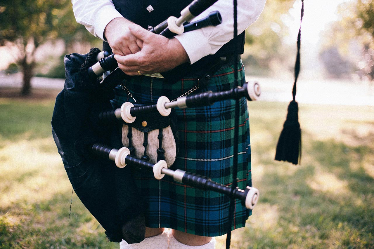 20-facts-2-bagpipes