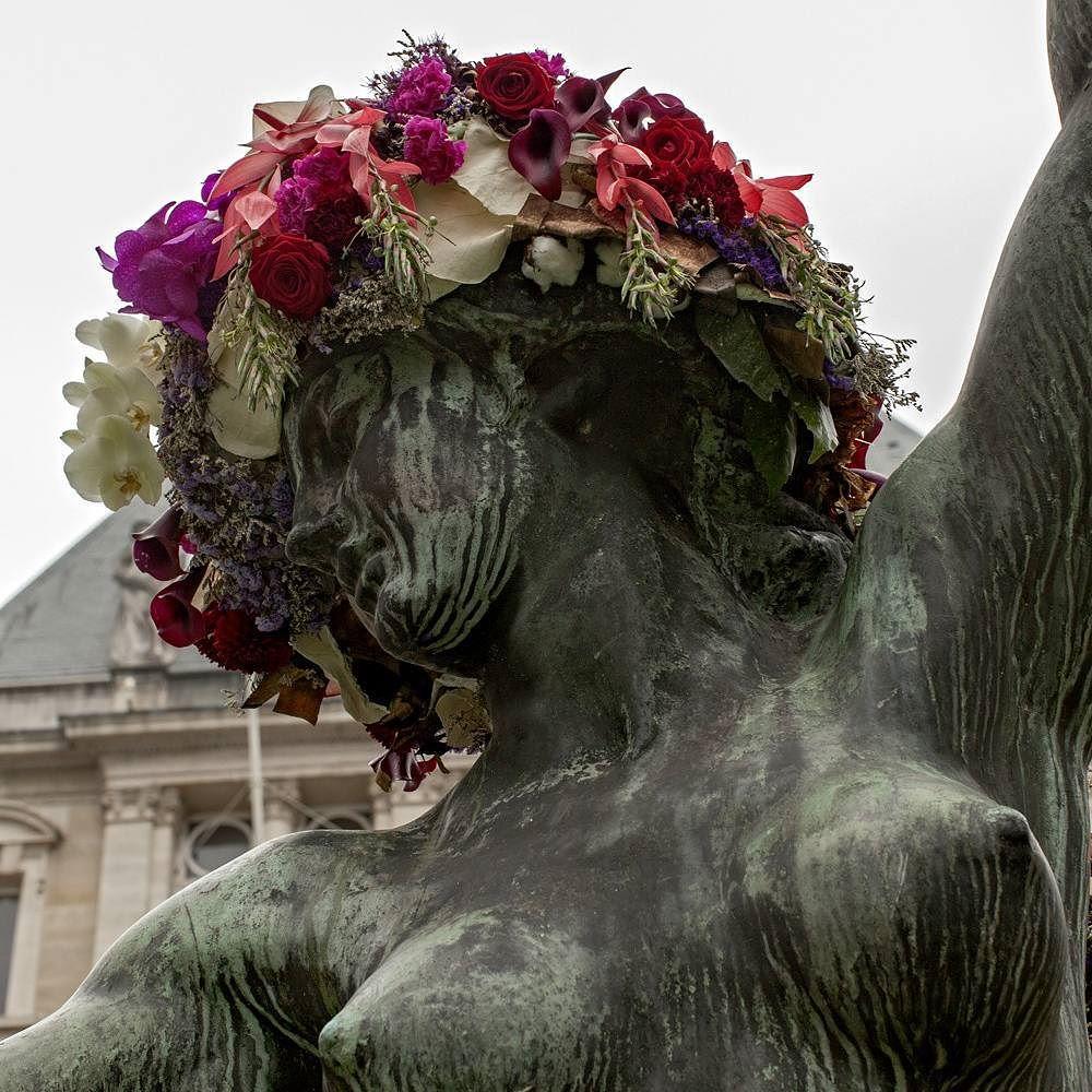 geoffroy-mottart-statues-flower-crowns-beards-13