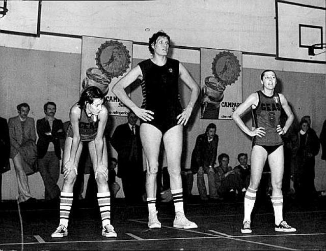 tallest-women-3-uljana-semjonova