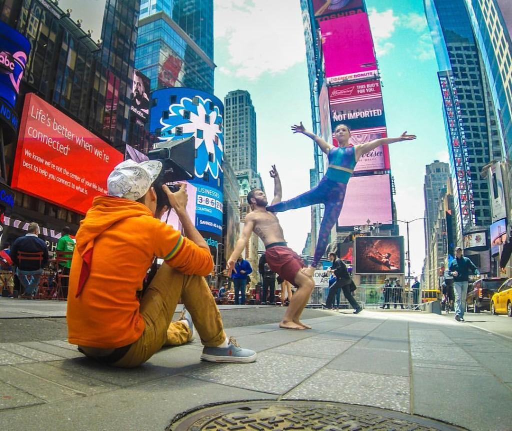 Петербургская школа йоги yoga flow в международный день йоги задорно