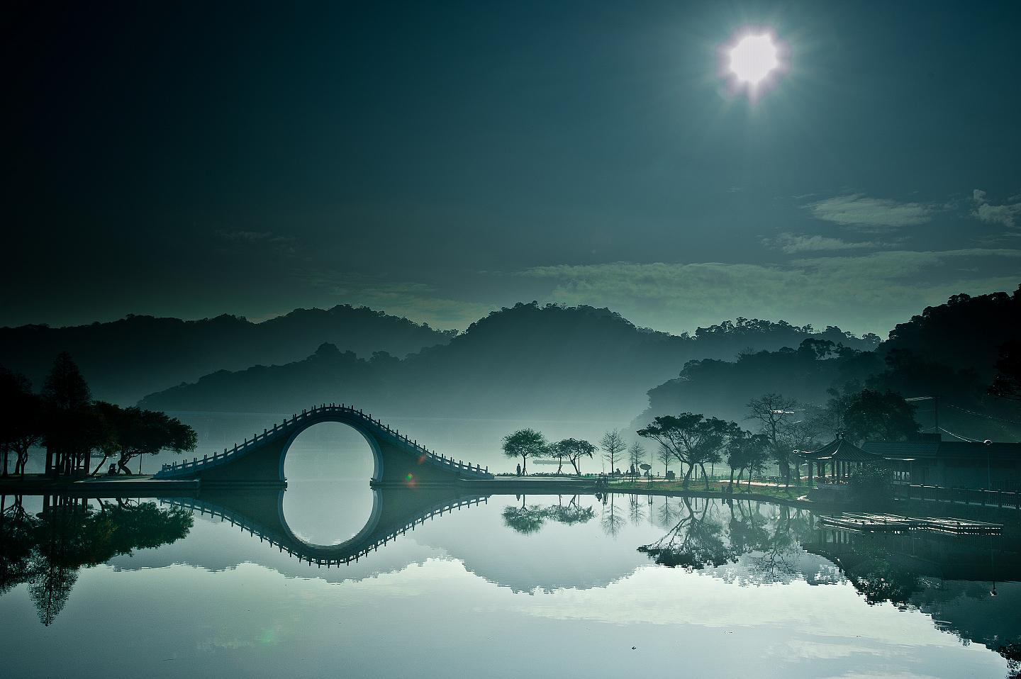 10. The Moon Bridge, Taipei, Taiwan 2
