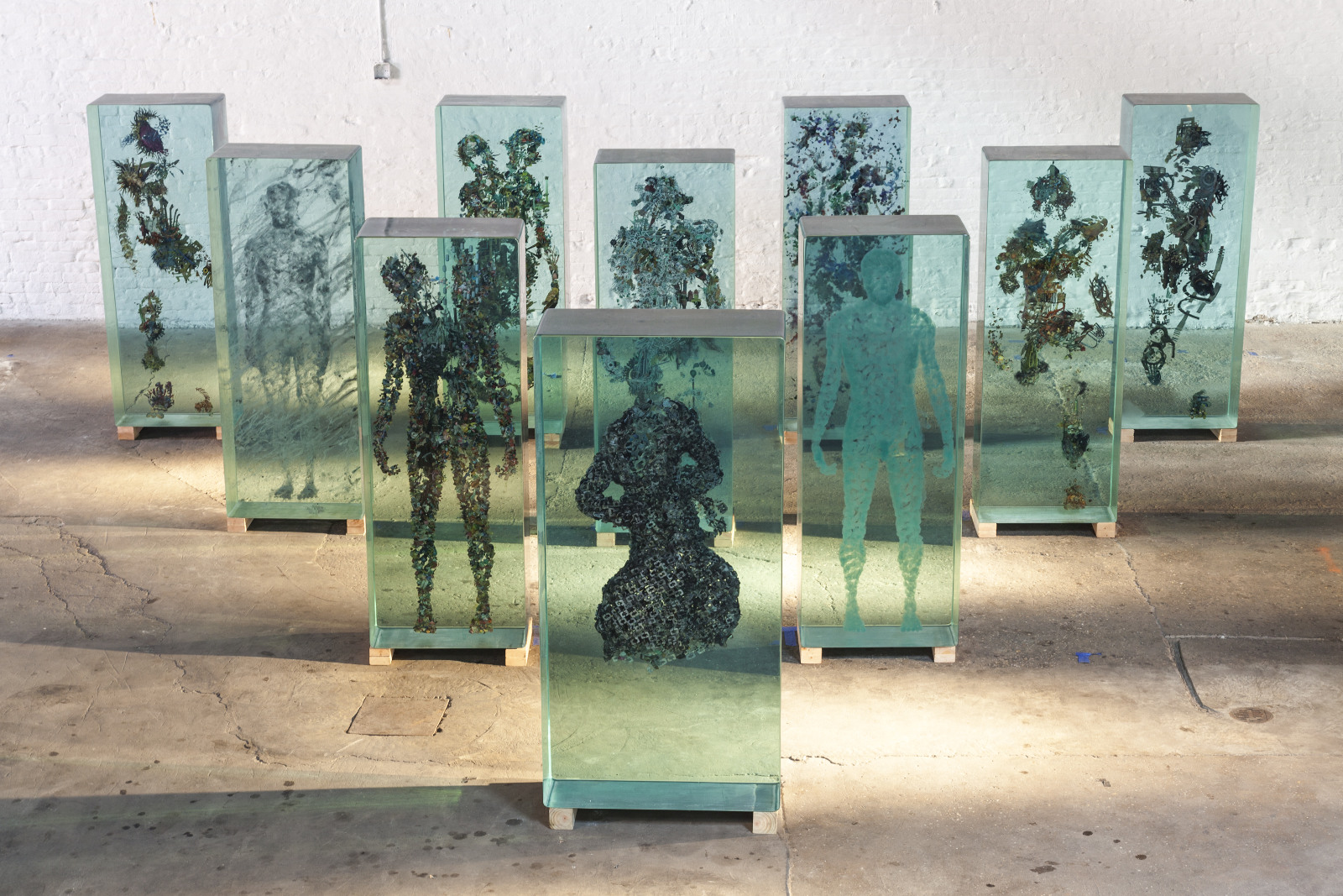 3D Collaged Figures Encased In Glass By Dustin Yellin 2
