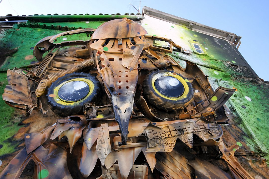 Junk Gets a Second Life as Gorgeous 3D Animal Street Art 11