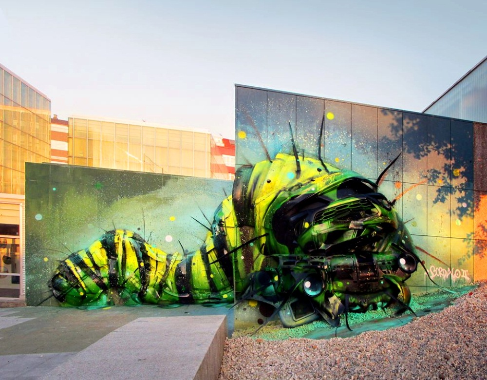 Junk Gets a Second Life as Gorgeous 3D Animal Street Art 12