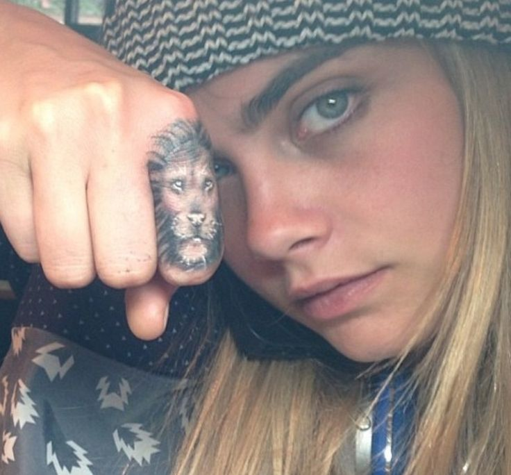 Rita Ora is her best friend Cara Delevigne 7