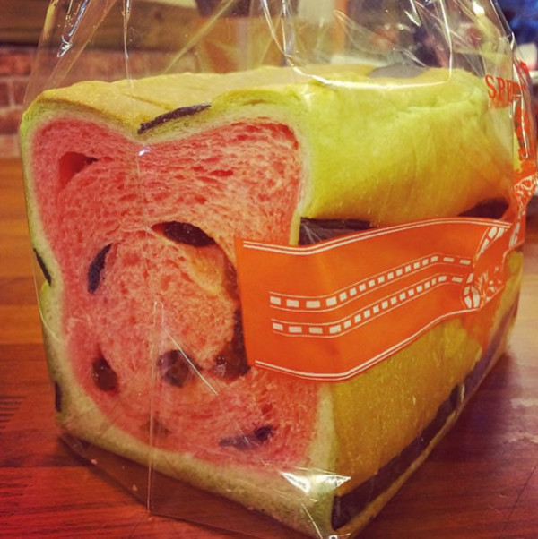 Taiwan's watermelon bread will delight your senses and confuse your tastebuds 11