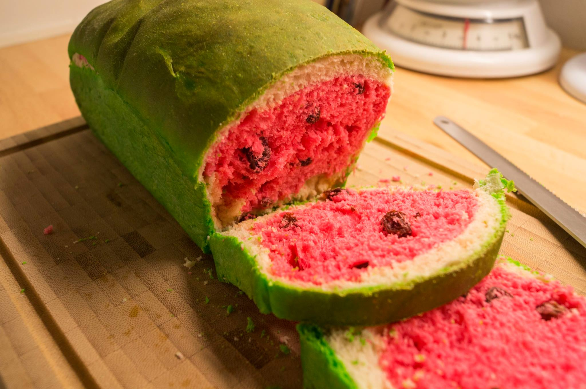 Taiwan's watermelon bread will delight your senses and confuse your tastebuds 15