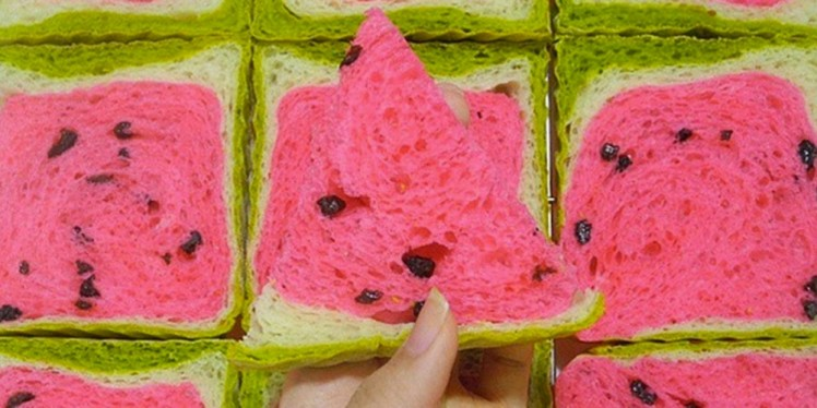 Taiwan's watermelon bread will delight your senses and confuse your tastebuds 2