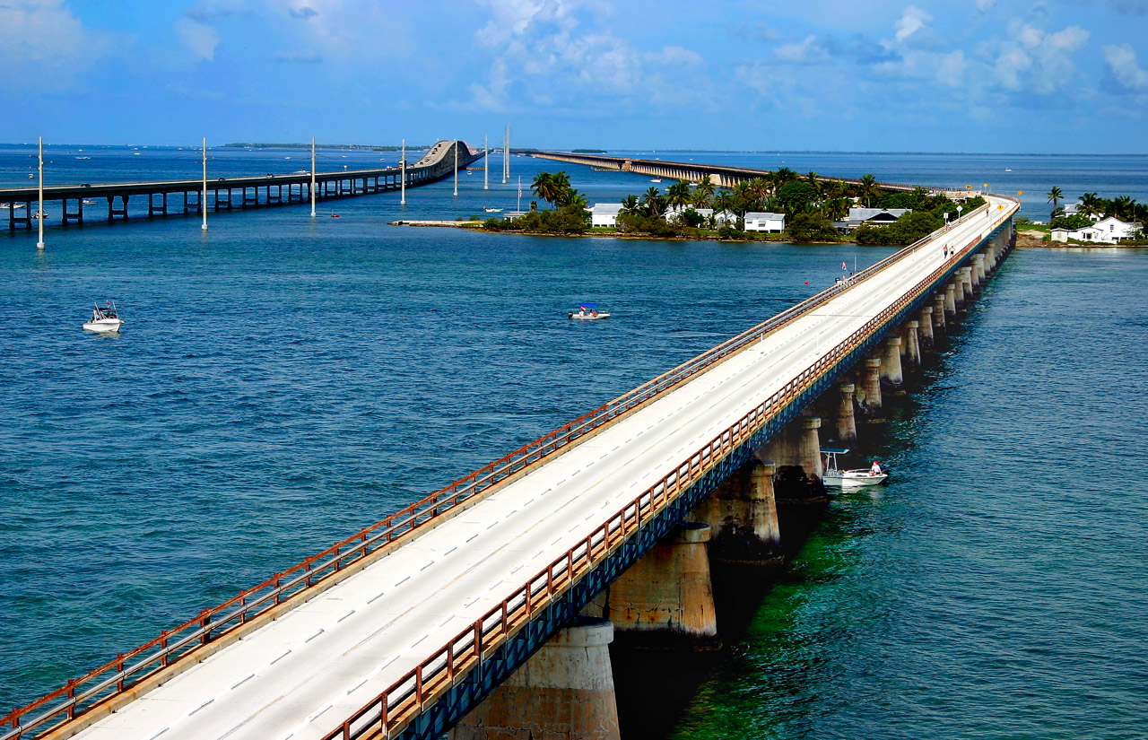11) The Seven Mile Bridge and the Florida Keys 3