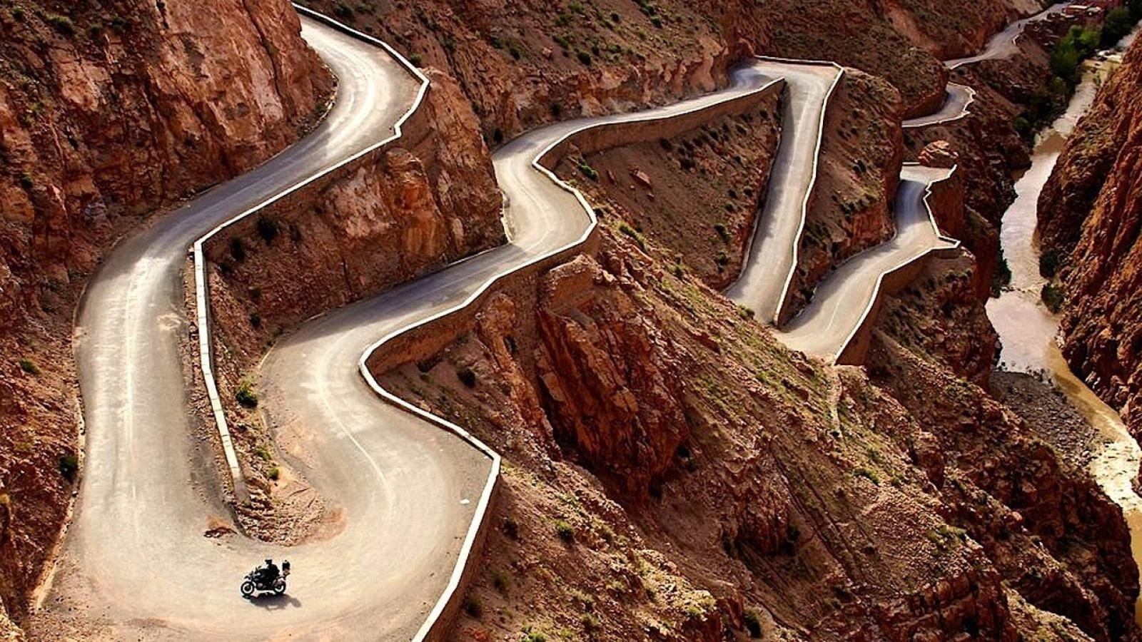 7) Dadès Gorge Road in the High Atlas Mountains, Morocco 2
