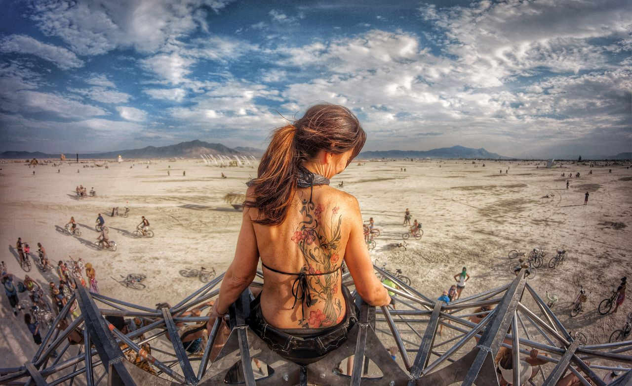 See Crazy, Surreal Photos and Videos from Burning Man 2015 2