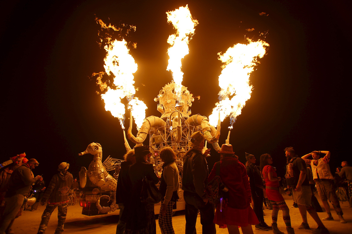 See Crazy, Surreal Photos and Videos from Burning Man 2015 24
