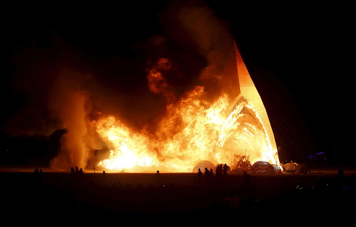 See Crazy, Surreal Photos and Videos from Burning Man 2015 27