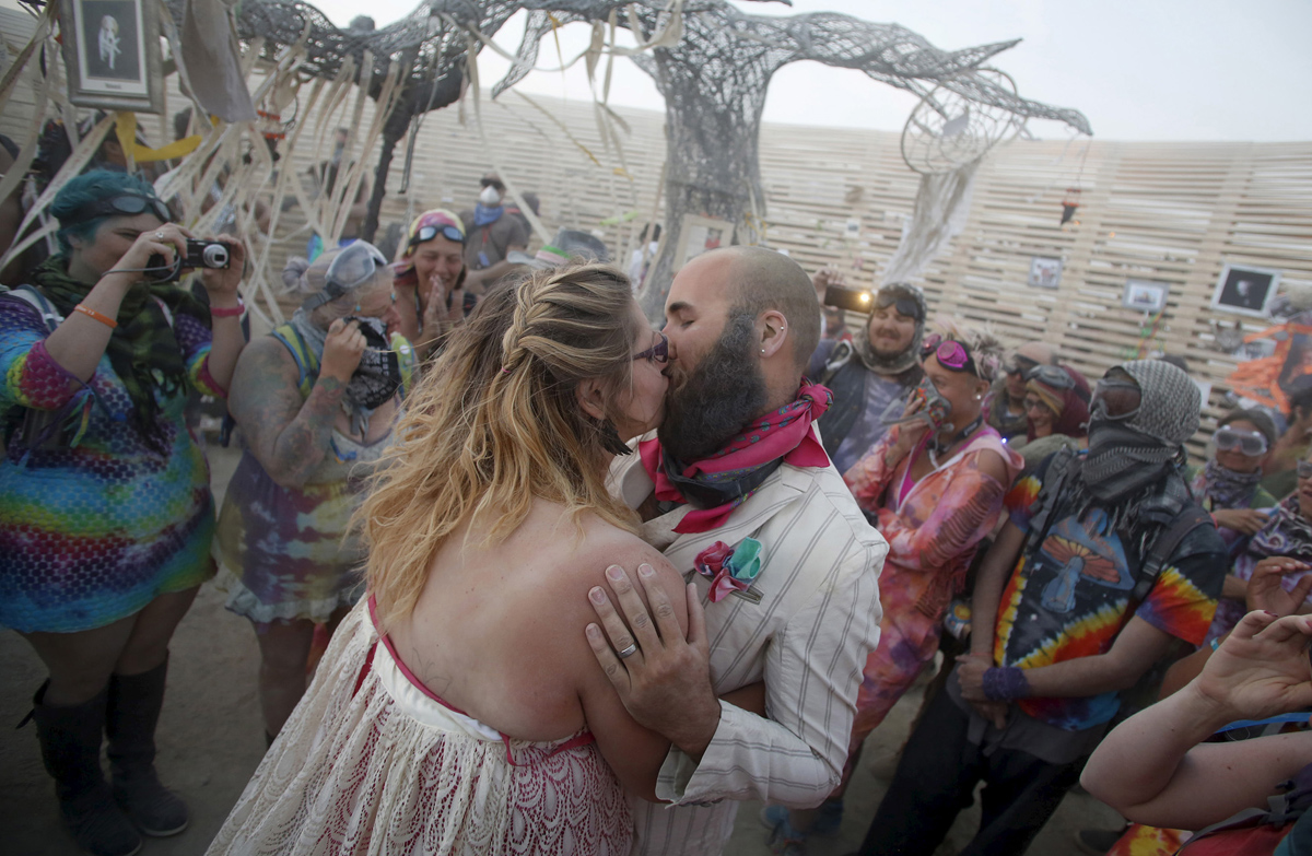 See Crazy, Surreal Photos and Videos from Burning Man 2015 9