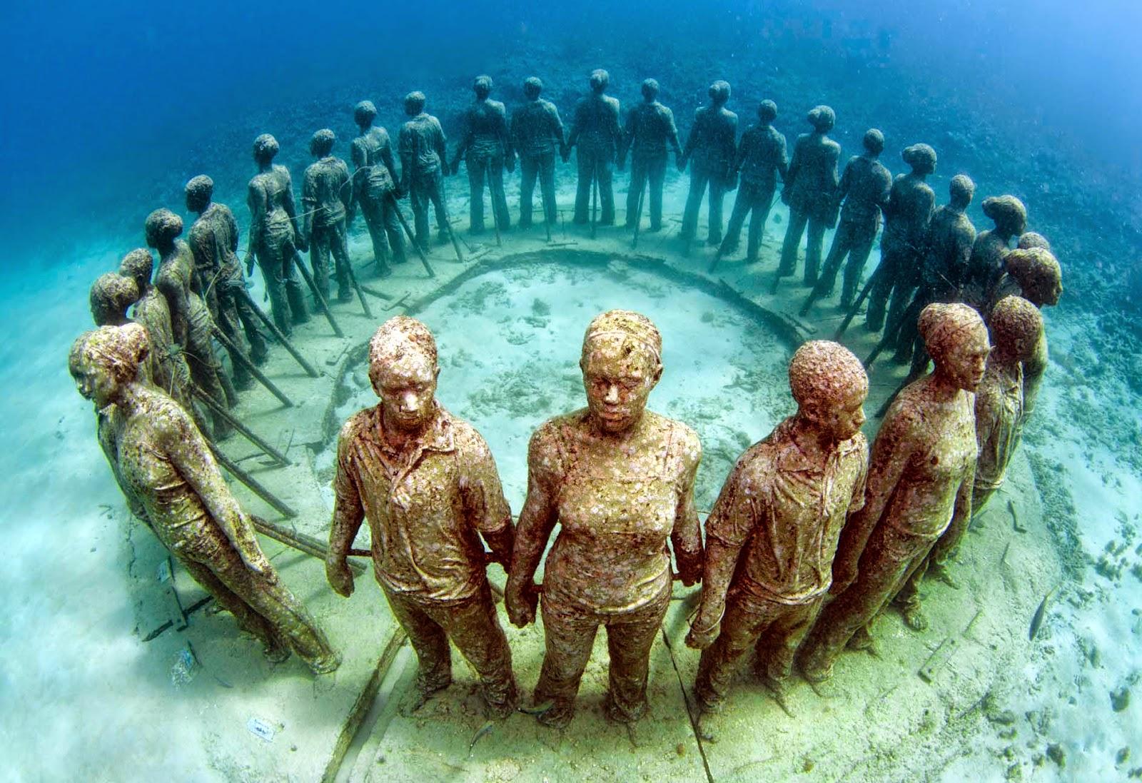9 Bizarre Underwater Discoveries 4