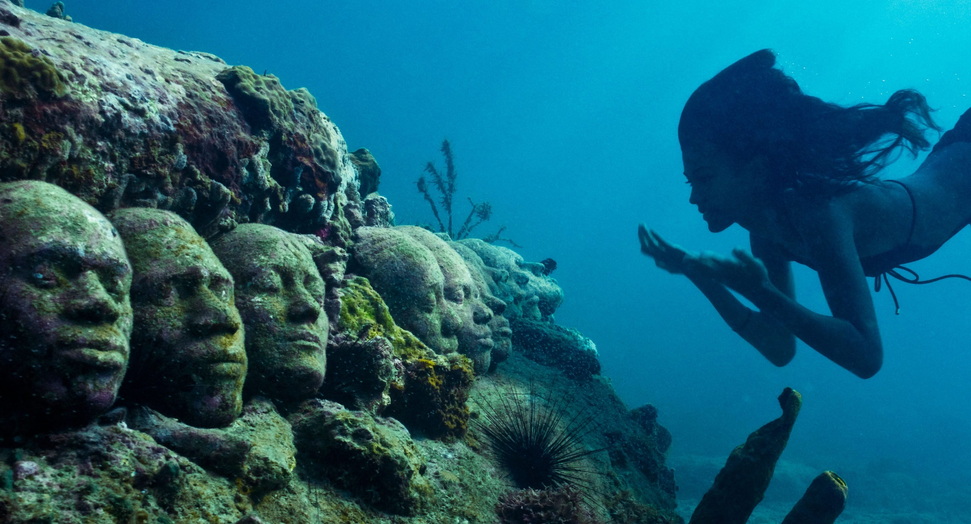 9 Bizarre Underwater Discoveries 5