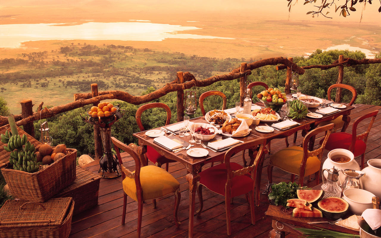 25 World's Best Restaurant Views 17