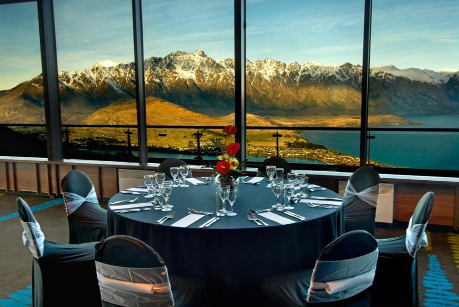 25 World's Best Restaurant Views 20