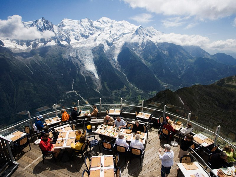 25 World's Best Restaurant Views 42