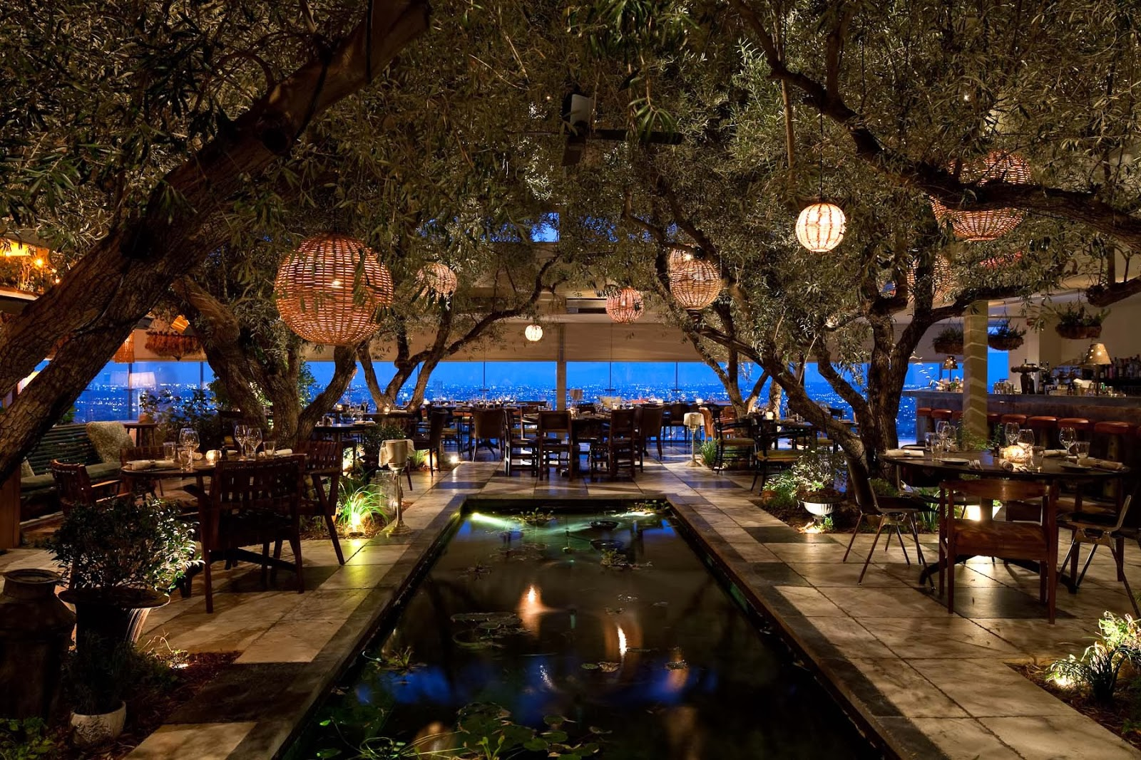 25 World's Best Restaurant Views 56