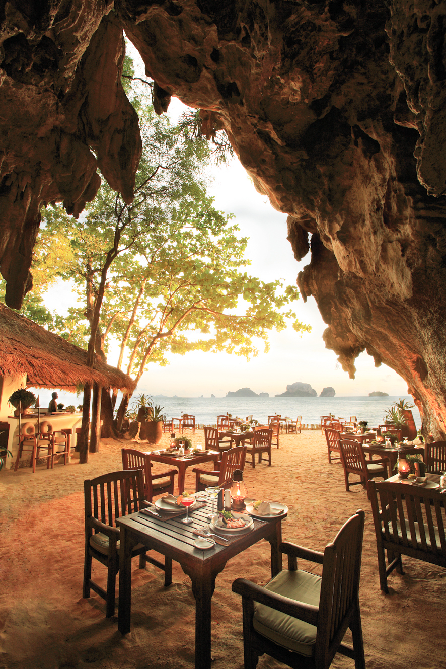 25 World's Best Restaurant Views 63