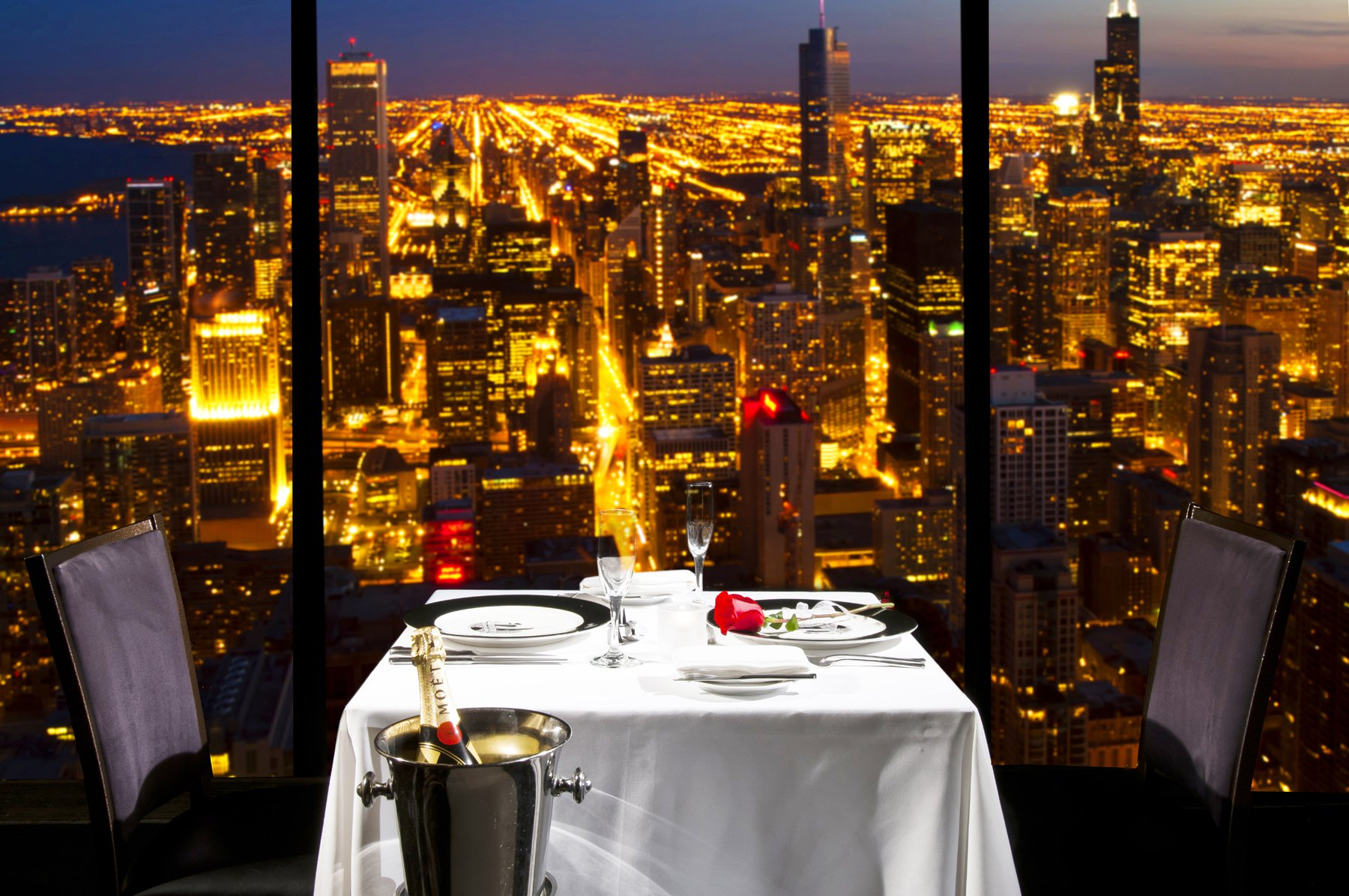25 World's Best Restaurant Views 7