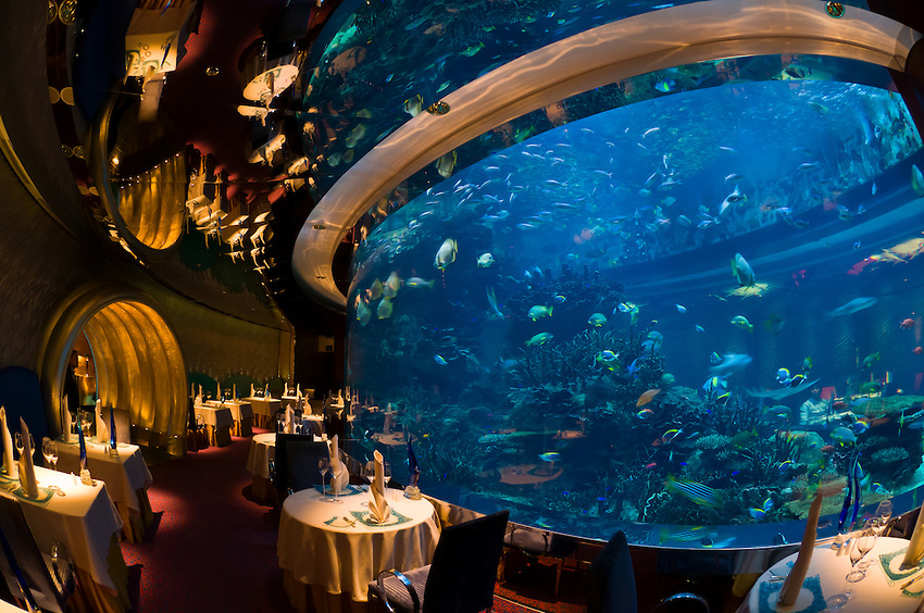 25 World's Best Restaurant Views 73