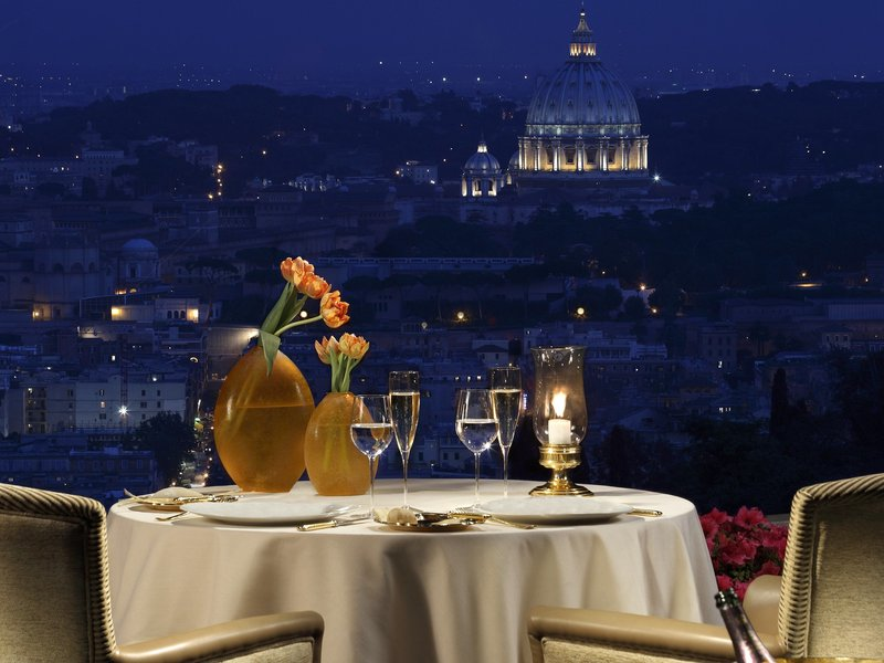 25 World's Best Restaurant Views 79