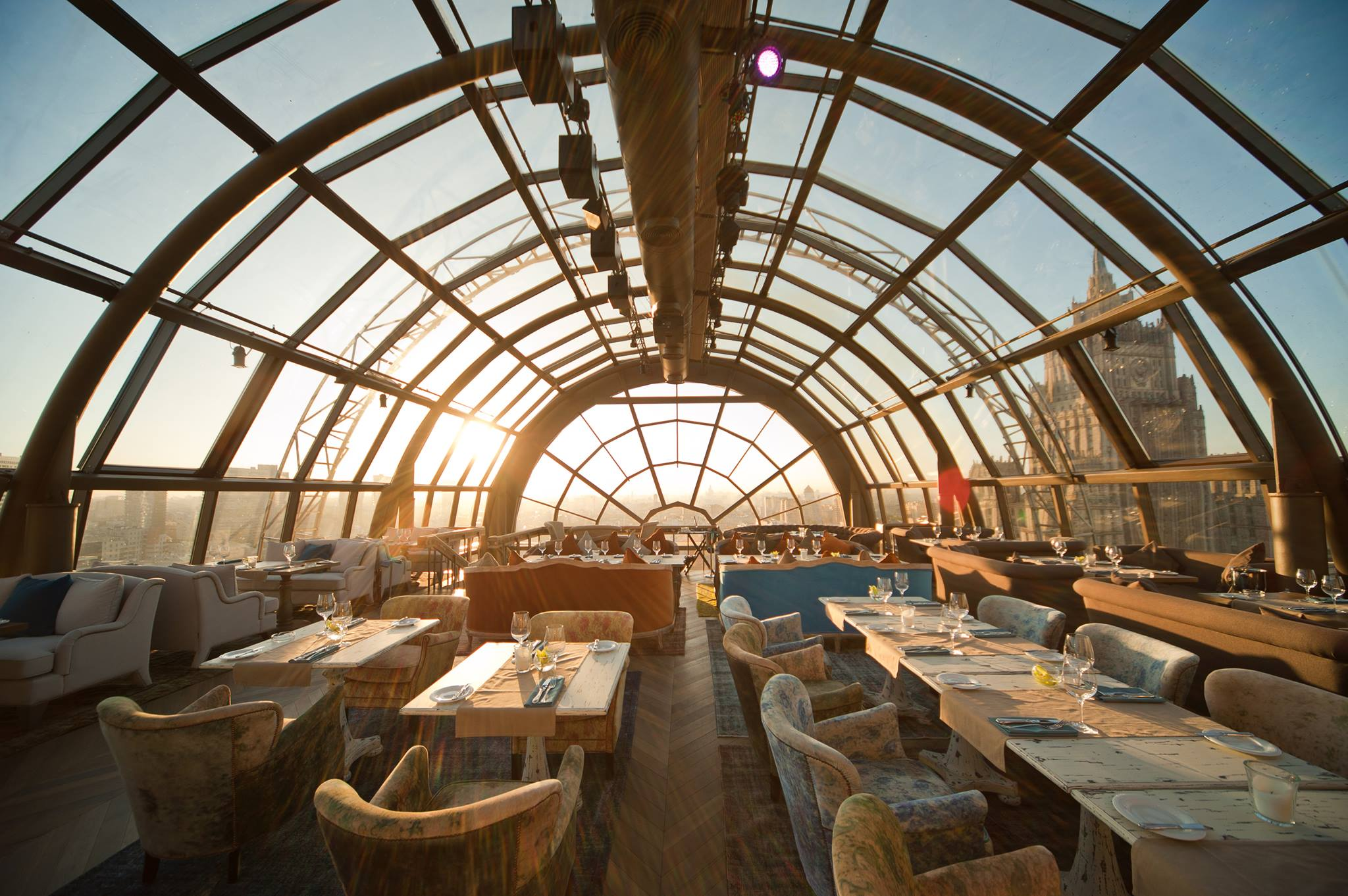 25 World's Best Restaurant Views 88
