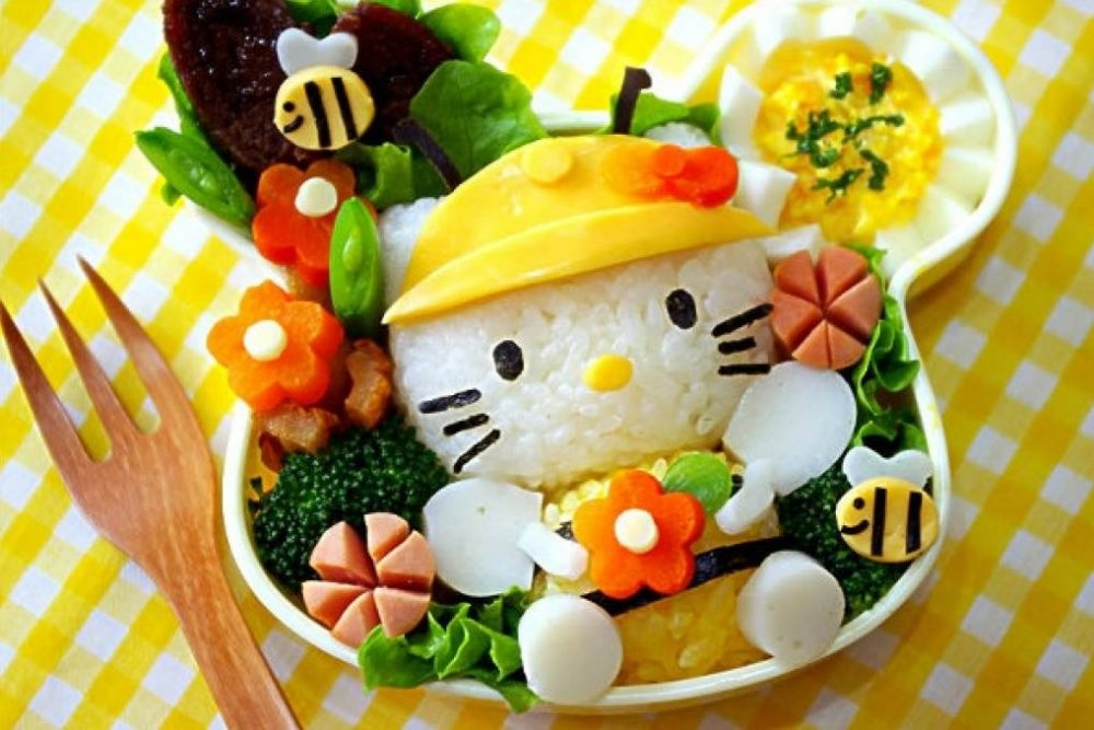 Creative and Interesting Bento Boxes 10