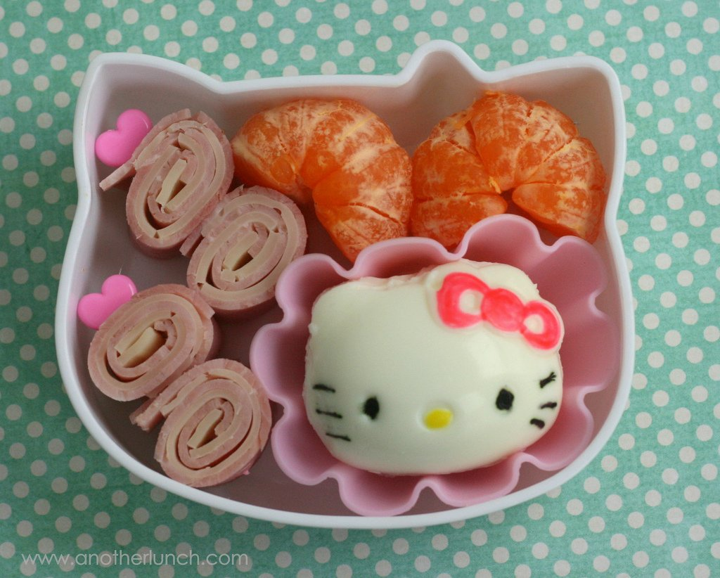 Creative and Interesting Bento Boxes 12