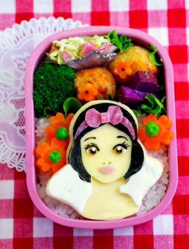 Creative and Interesting Bento Boxes 34