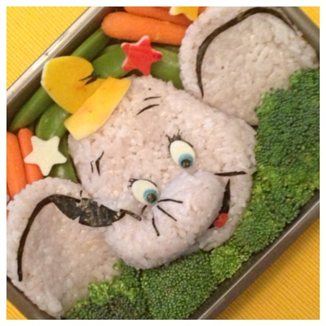 Creative and Interesting Bento Boxes 36