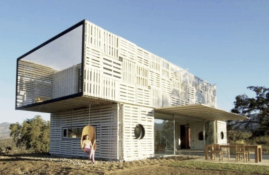 The 20 Most Amazing Shipping Container Homes 21