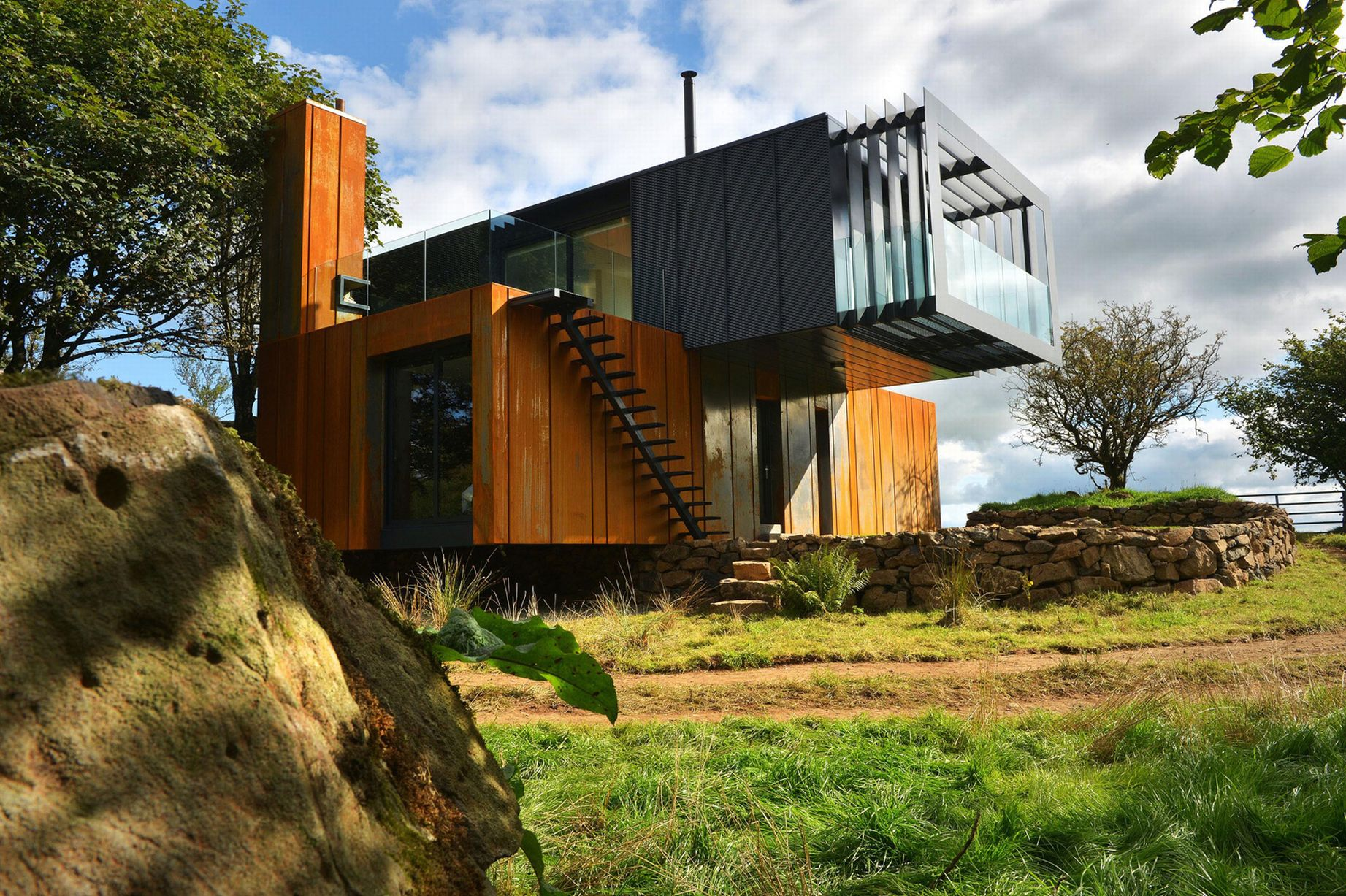 The 20 Most Amazing Shipping Container Homes 7