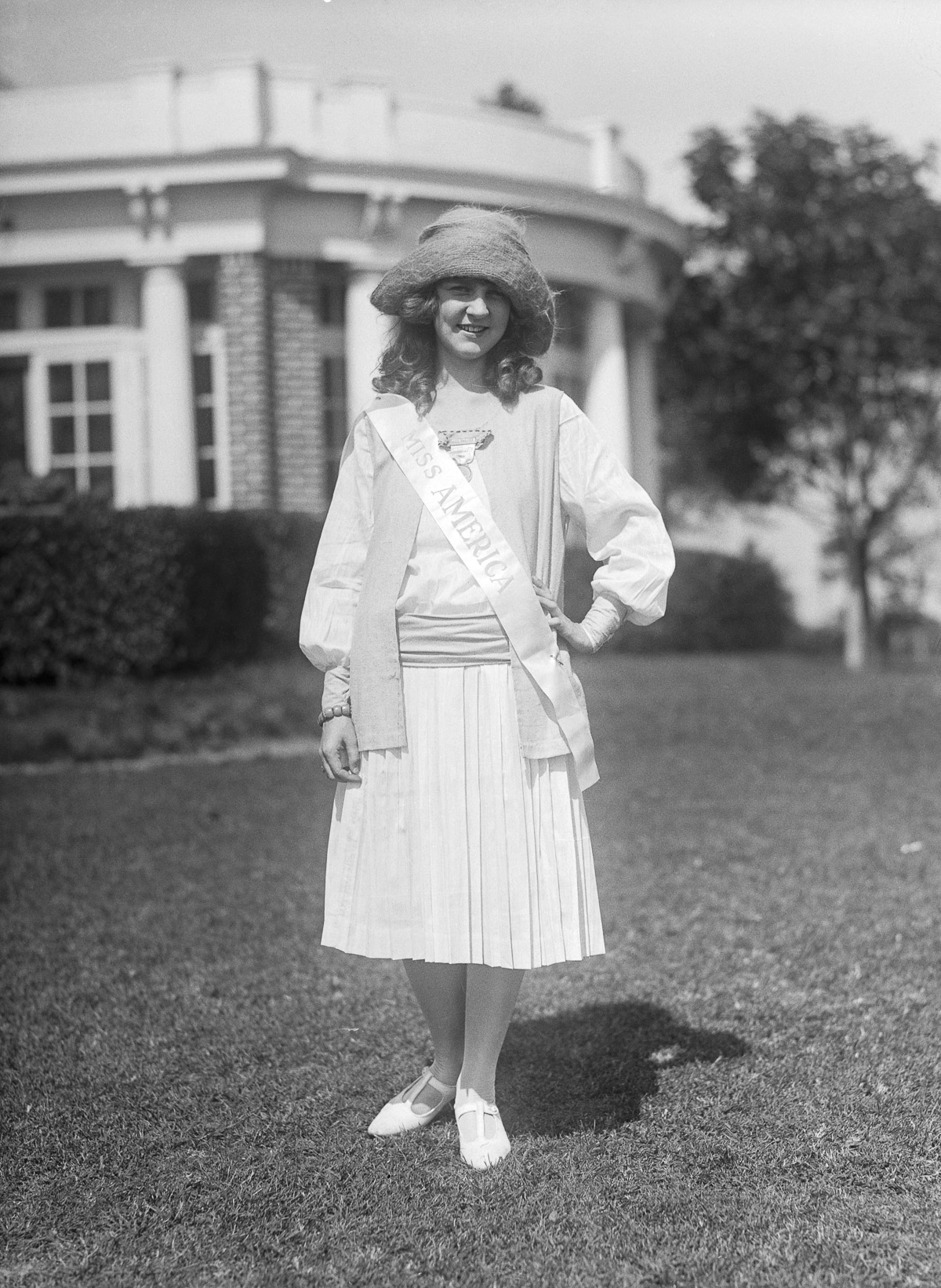 07 Sep 1922 --- Original caption: 9/7/1922-Miss Margaret Gorman, full length, in street clothes. She is the current Mrs. America. Photograph. --- Image by © Bettmann/CORBIS