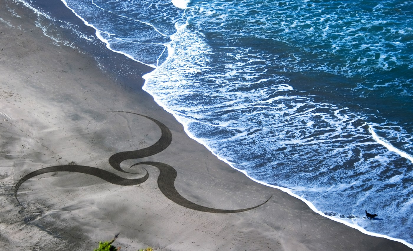 Stunning Beach Artworks By Andres Amador 11