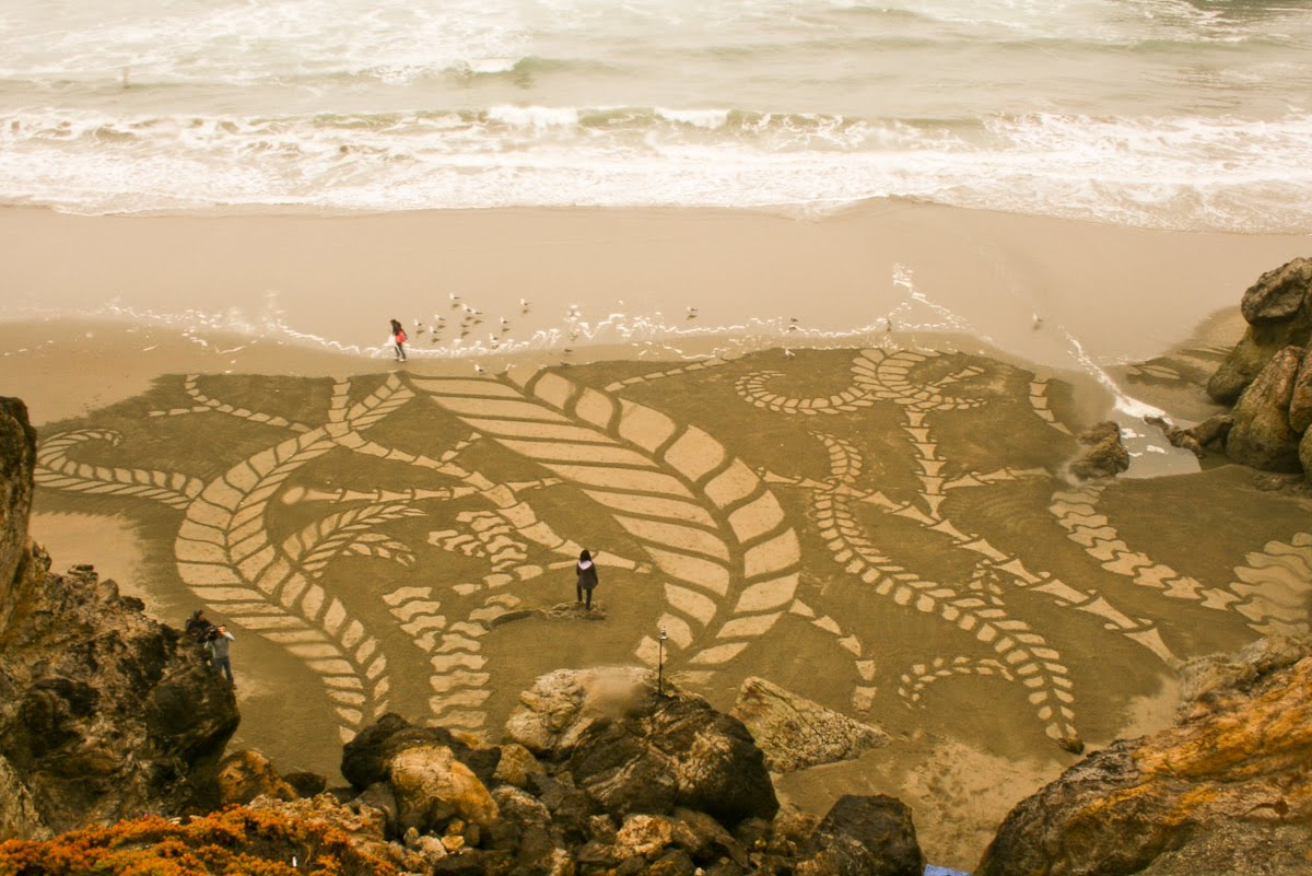 Stunning Beach Artworks By Andres Amador 12