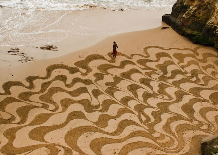 Stunning Beach Artworks By Andres Amador 7