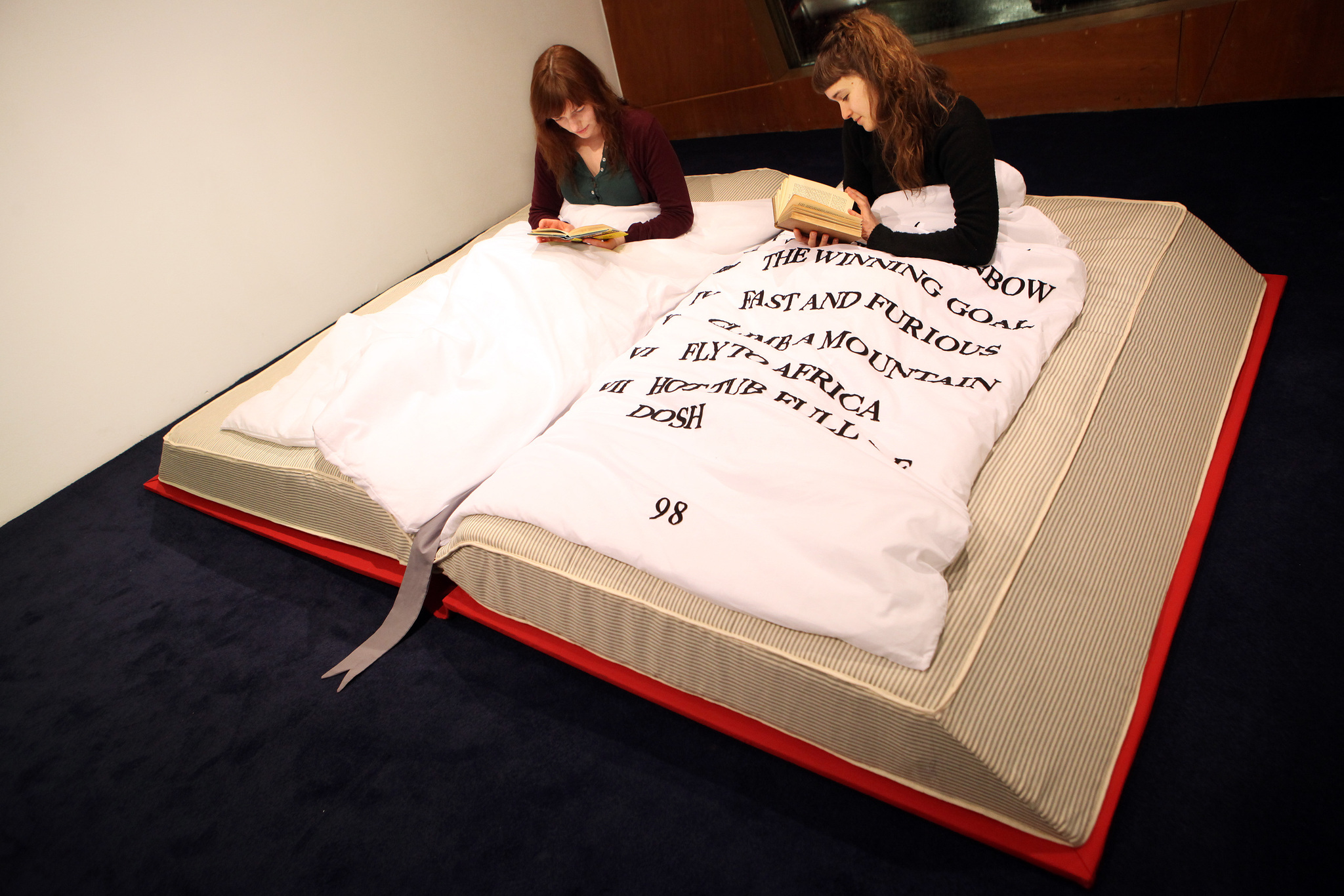 Weird Bed 14 amazing beds you'll never want to get out of in the morning