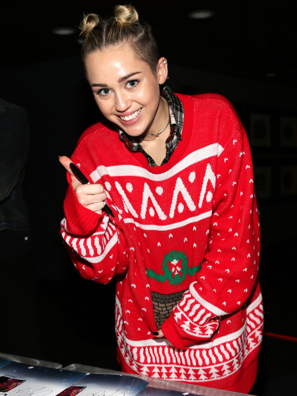 extremely_ugly_christmas_sweaters_20