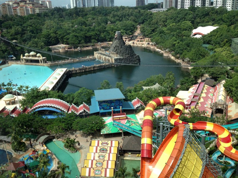 15_most_extreme_water_slides_in_the_world_03